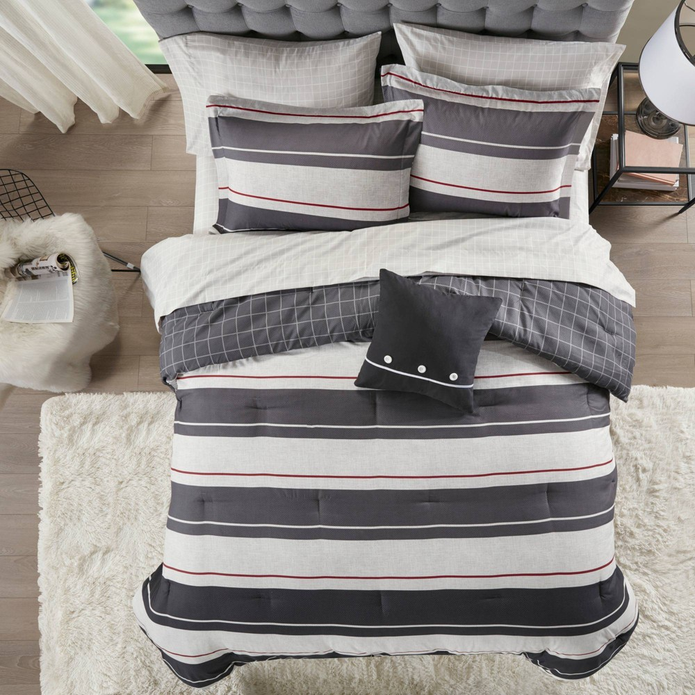 Full 8pc Wade Reversible Bedding Set Gray/Charcoal from No Brand