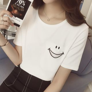 Smiley Face Embroidered Short Sleeve T-Shirt from Oaksa