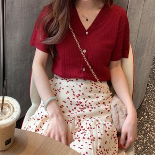 Short-Sleeve Knit Top / Midi Heart Pattern A-Line Skirt from Paila