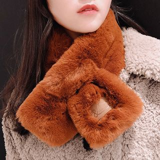 Furry Scarf from Pompabee