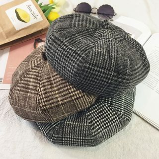 Houndstooth Beret Hat from Pompabee