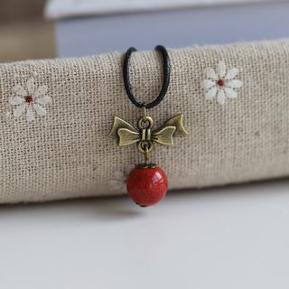 Bow Necklace from Porcelana