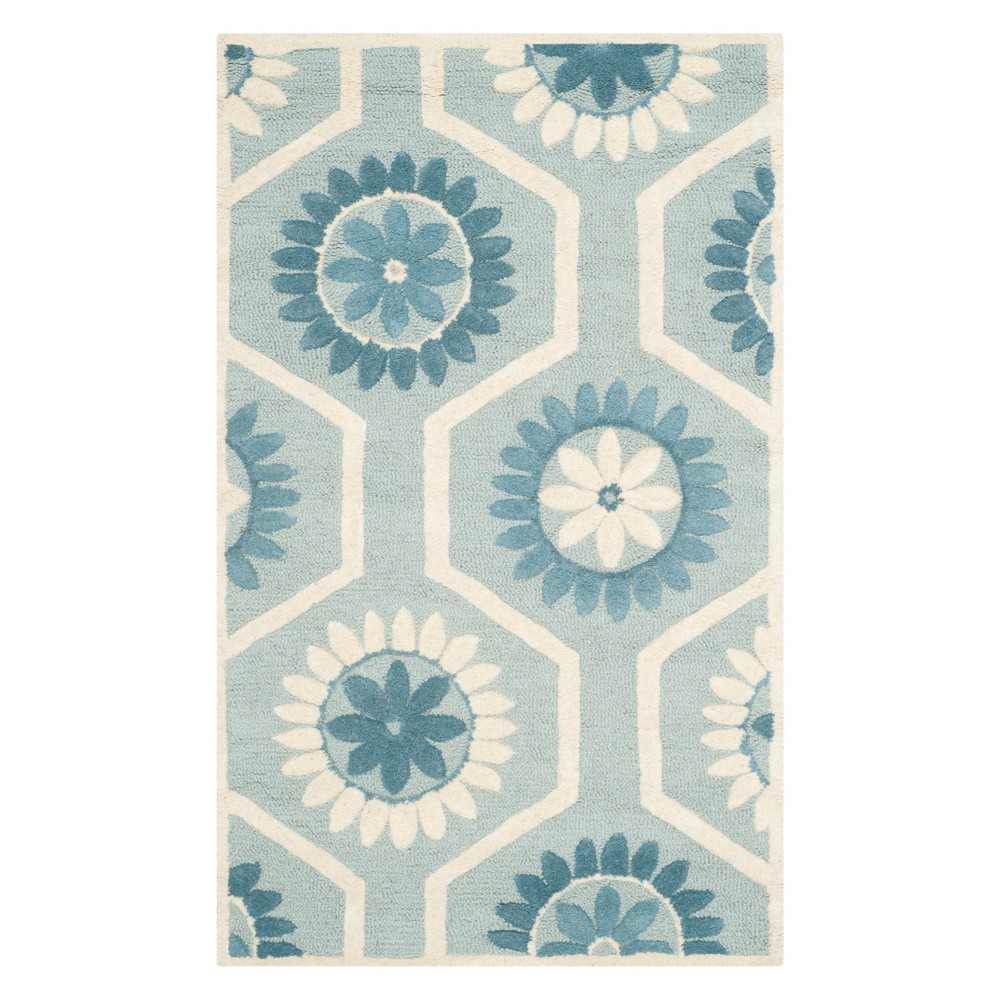 3'X5' Floral Tufted Accent Rug Blue/Ivory - Safavieh