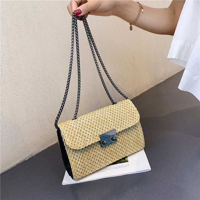 Personality Small Bag Female Season New Wild Female Bag Grass Weaving Shoulder Slung Chain Small Square
