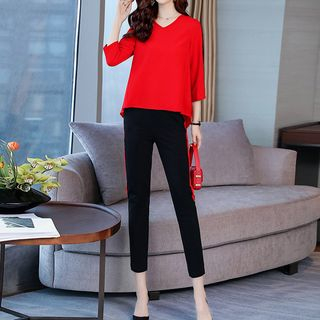 Set: Contrast Trim 3/4-Sleeve Top + Cropped Skinny Pants from Romantica