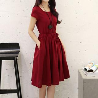Short-Sleeve Skater Dress from Romantica