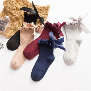 Bow Accent Socks from SHINSHIN