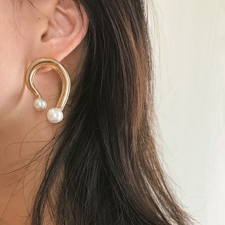 Faux Pearl Irregular Alloy Earring from Seirios