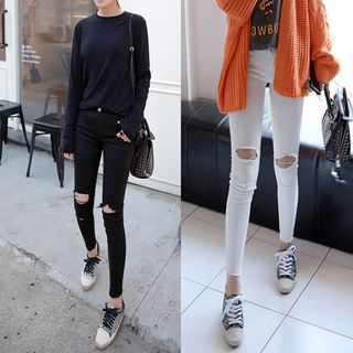 Distressed Skinny Jeans from Sienne