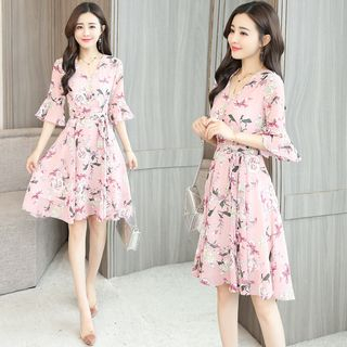 Flower Print Elbow-Sleeve A-Line Chiffon Dress from Sienne