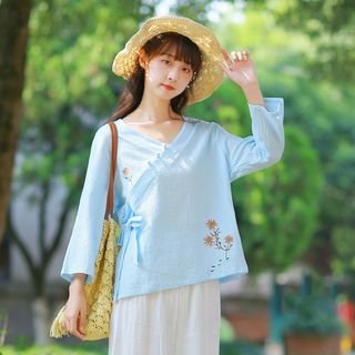 3/4-Sleeve Embroidered Cheongsam Top from Snow Flower