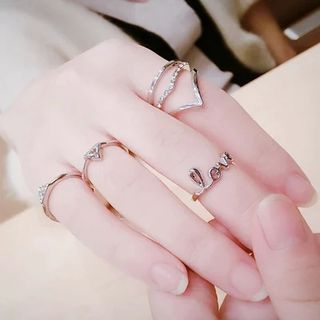 Metal Ring Set from Ticoo
