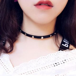 Studded Choker from Ticoo