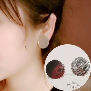 Textured Circle Earrings from Ticoo