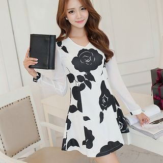 Long-Sleeve Print Dress from YUMU