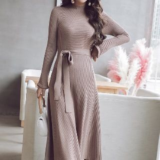 Plain Knit Midi Dress with Belt from Yilda