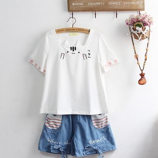 Short-Sleeve Embroidered T-Shirt from akigogo