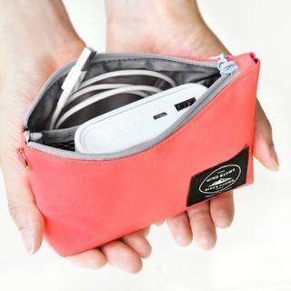 Iconic Series Charger Pouch from iswas