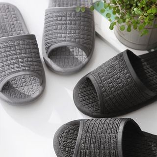Textured Slippers from iswas